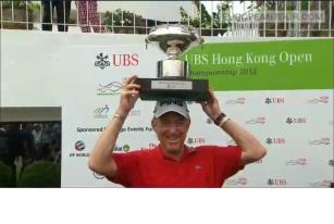 西蒙尼斯第三次夺得香港公开赛冠军