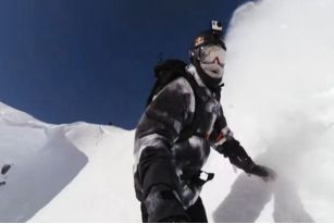 脚踏滑雪板,手拿GOPRO,带你走遍世界滑雪圣地——阿拉斯加